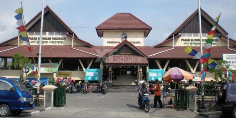 Pasar Klithikan Pakuncen Pusatnya Barang Bekas Onderdil Sepeda Motor & HP